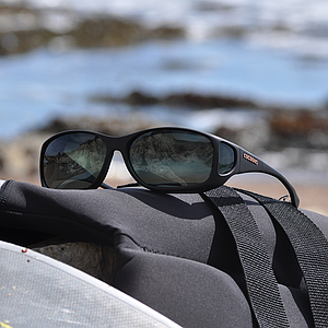 Cocoons photochromic gray
