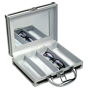 4-slot case with rubber surface